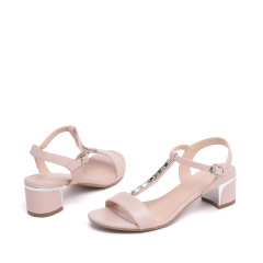 达芙妮(DAPHNE)时尚水钻粗中跟露趾女凉鞋1016303184