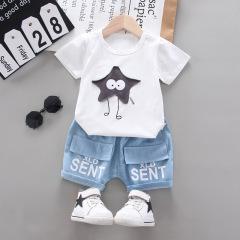 菲儿小屋 夏季韩版新品男女童0-4岁星星短袖套装外出服