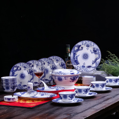 厂家直销经典款景德镇传统青花陶瓷餐具56头套装送礼佳品