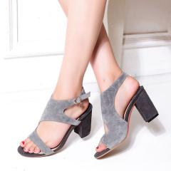娜箐箐2017夏季新款韩版磨砂粗跟高跟女鞋露趾方头真皮罗马凉鞋女