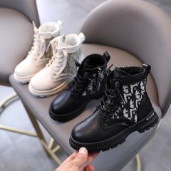 女童马丁靴2020秋季新款男童单靴英伦风儿童靴子秋冬时尚休闲短靴